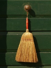 broom-6432_1920